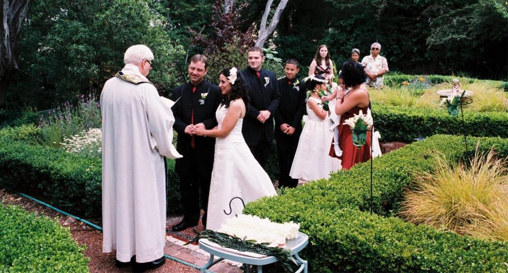 monterey california garden wedding