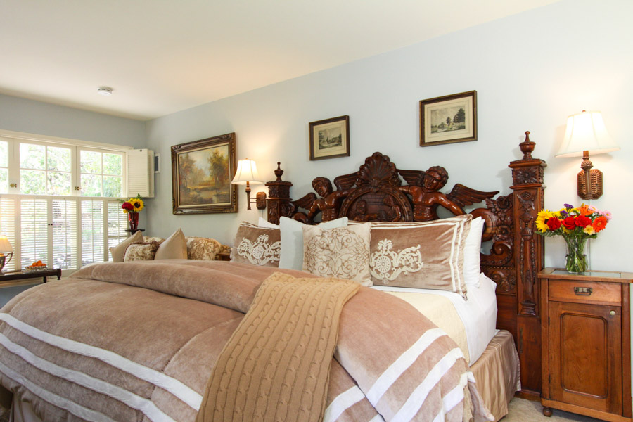stoneleigh suite with king bed