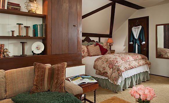 Inn in Monterey